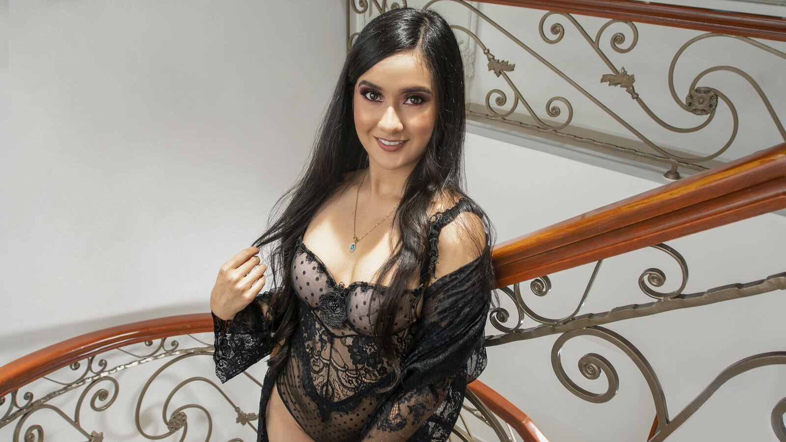 VickyVelaras
