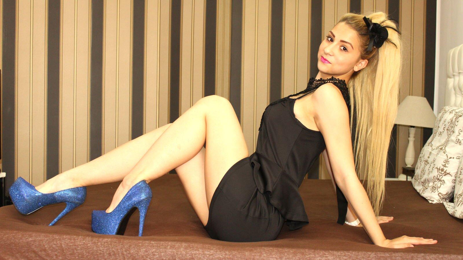 BlondeLucie