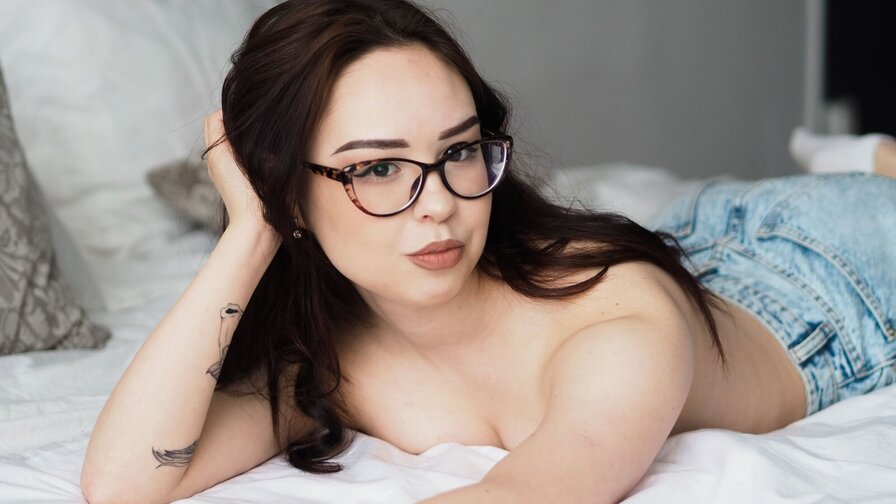 AngelaMilnes