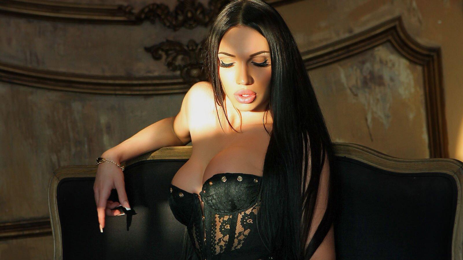 AngelinaAhromina