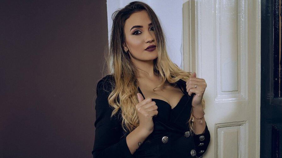 LauraHarris