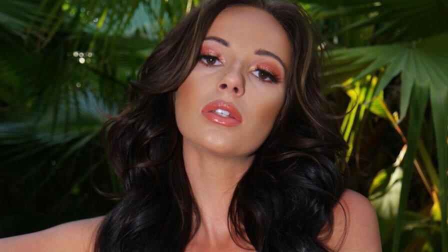 JessicaBreanne